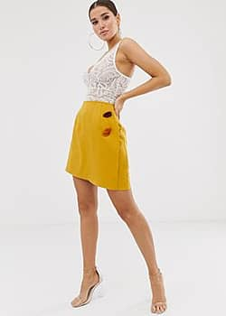 PrettyLittleThing Mini-jupe à boutons - Moutarde-Jaune
