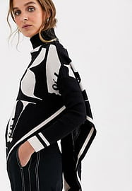 River Island Pull style poncho à monogramme over